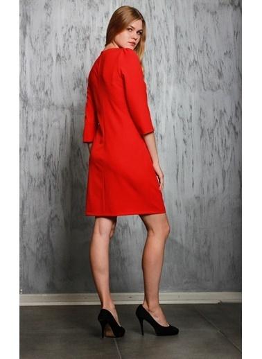JEANNE D'ARC Truvakar Kol Ceplerinde Zincir Detaylı Elbise  Kırmızı